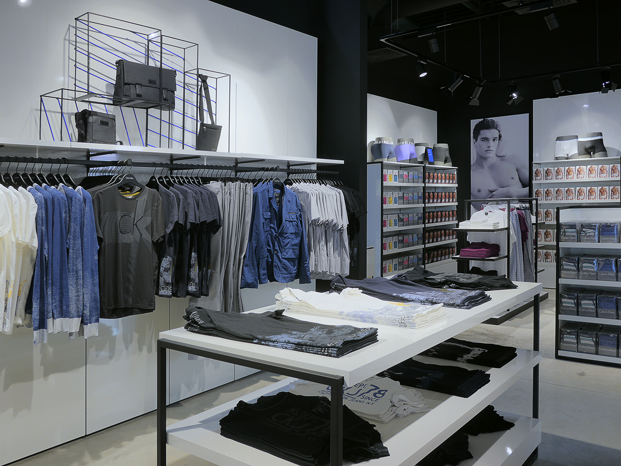 магазин одежды. фотосъемка интерьера