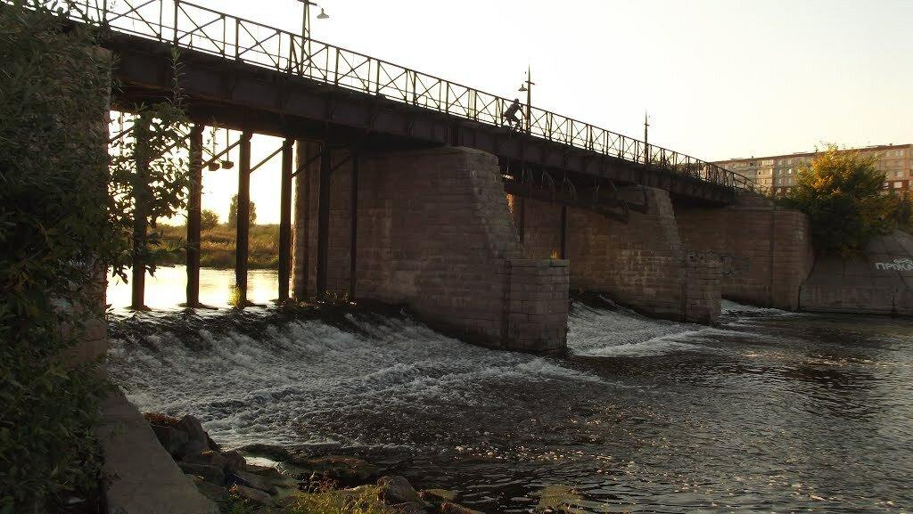 Еще фото старой плотины Коммунар  (23.01.2014)