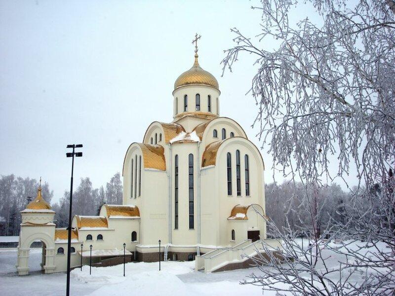 Храм Покрова Пресвятой Богородицы зимой (22.05.2013)