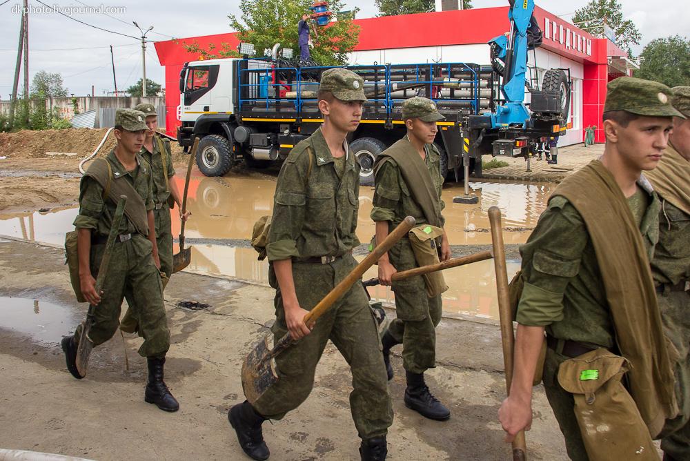 Русское мировоззрение: Трудовая армия: работа грузчиком вместо срочной службы