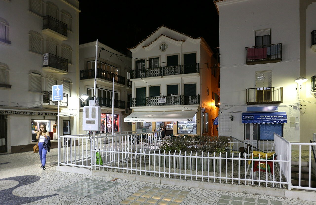 Night Nazare