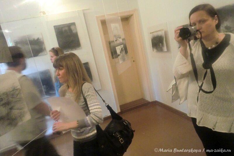 Выставка 'Без берегов' Елены Утенковой-Тихоновой и Михаила Тихонова, Саратов, 21 мая 2013 года