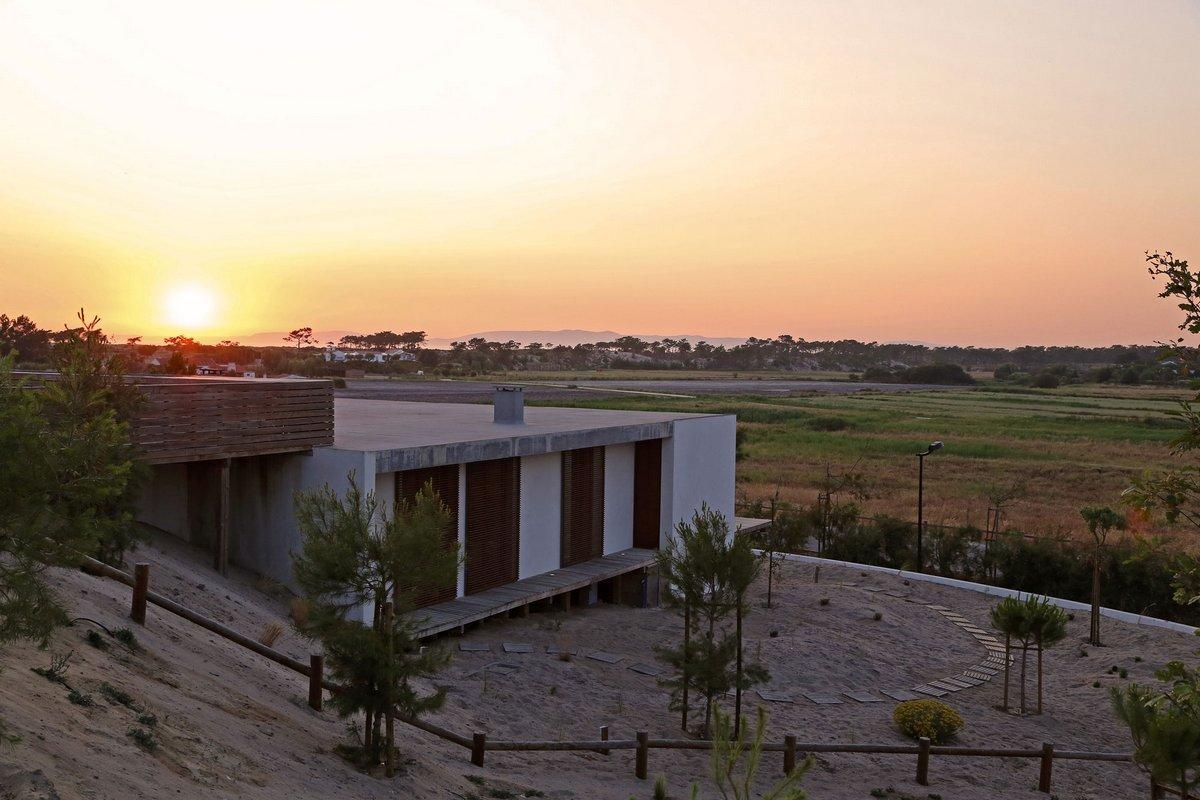 Casa do Pego, дома в Португалии, частный дом Компорта, особняки Португалии, терраса на крыше частного дома, бассейн на крыше частного дома