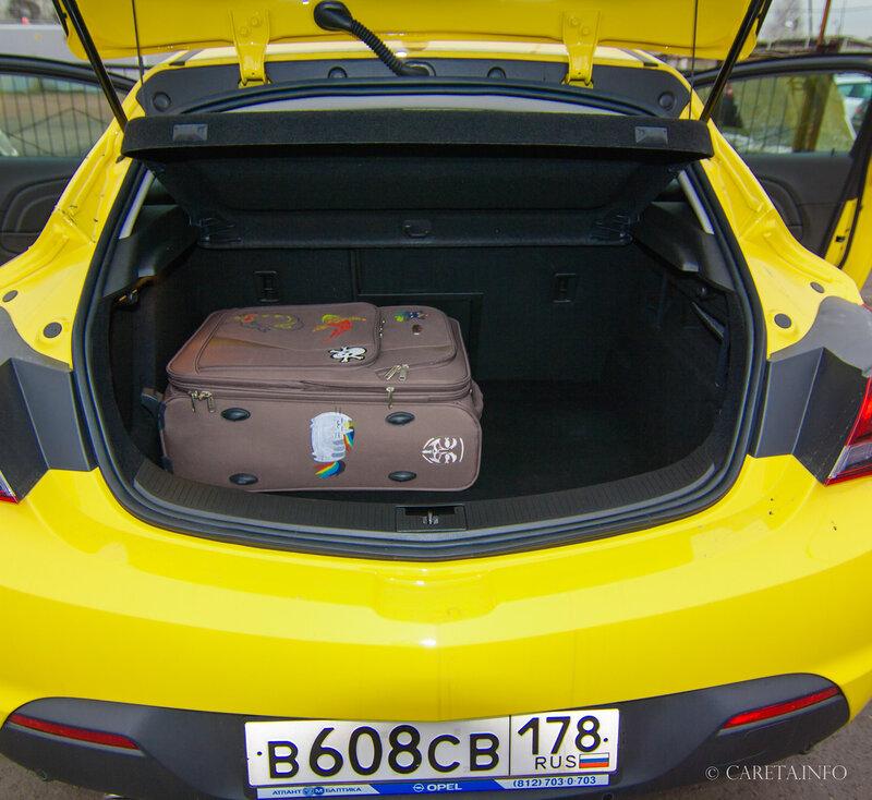 Opel Astra GTC. Как мы раскрашивали серый Питер