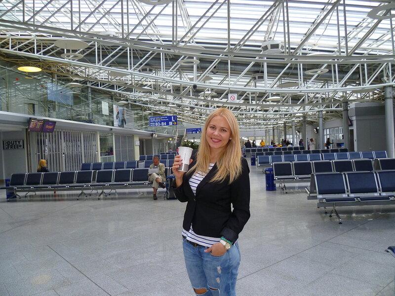 Киев. Терминал внутренних рейсов аэропорта Борисполь.