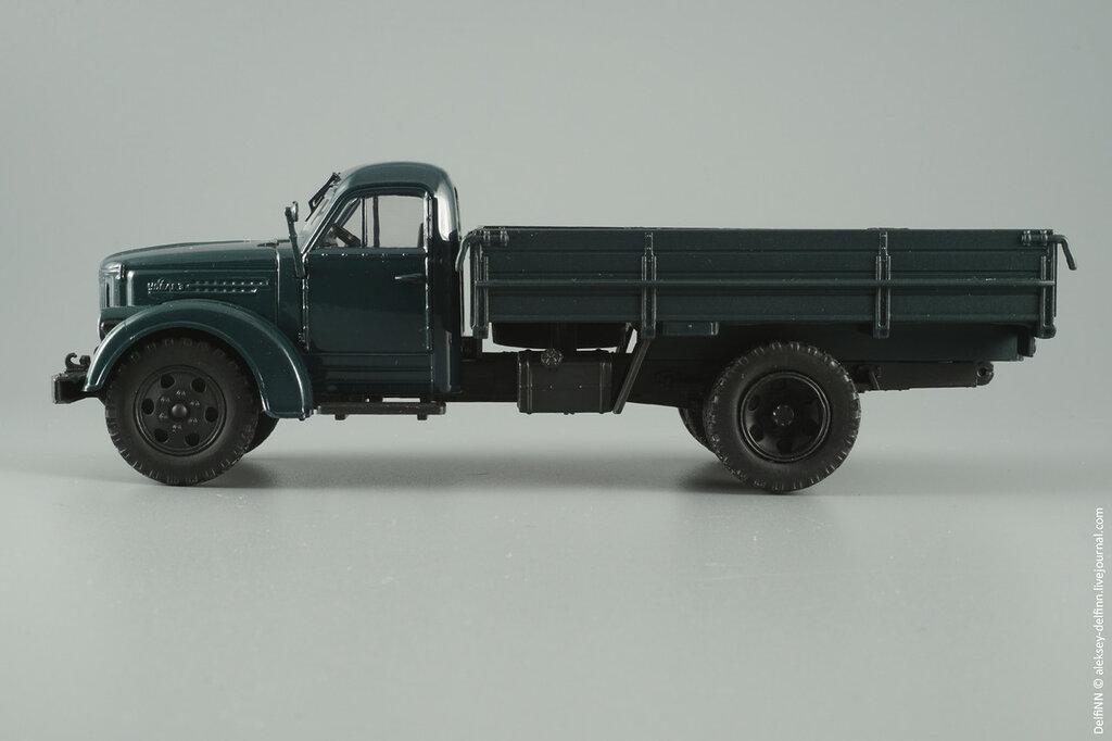 Урал-355М-04.jpg