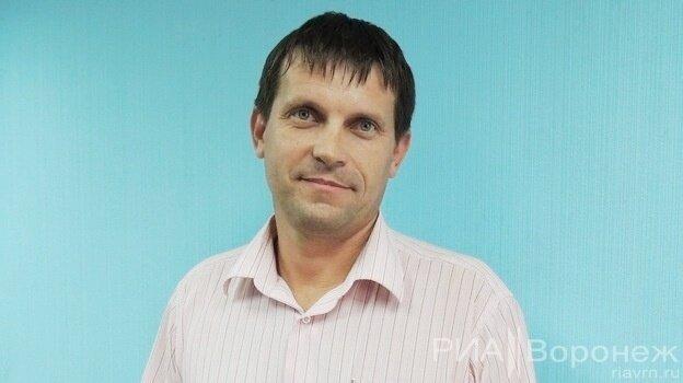 Обхитривший банк Тинькова воронежец из-за угроз покидает Россию