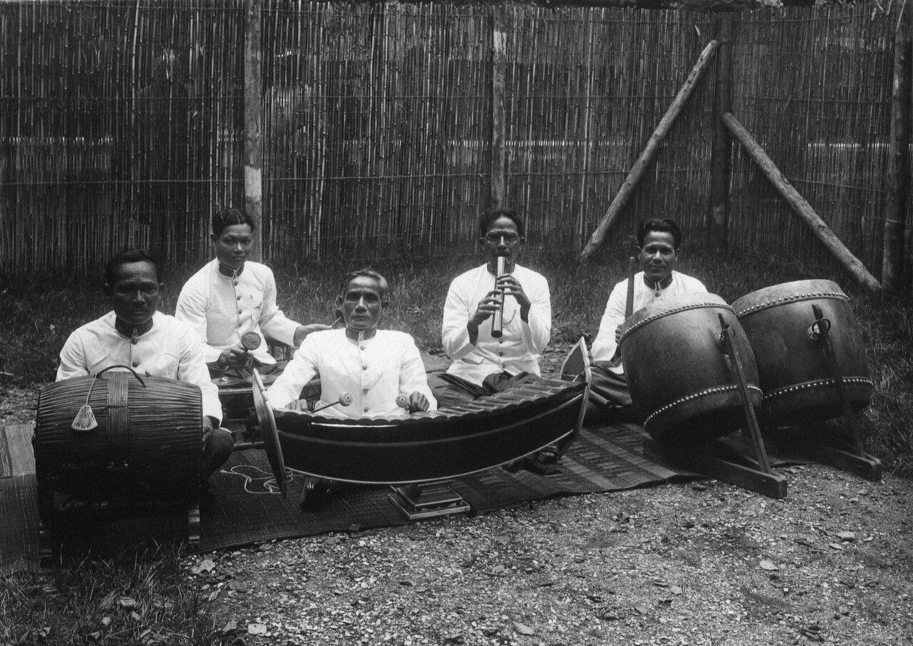 Камбоджа. Традиционный камбоджийский оркестр