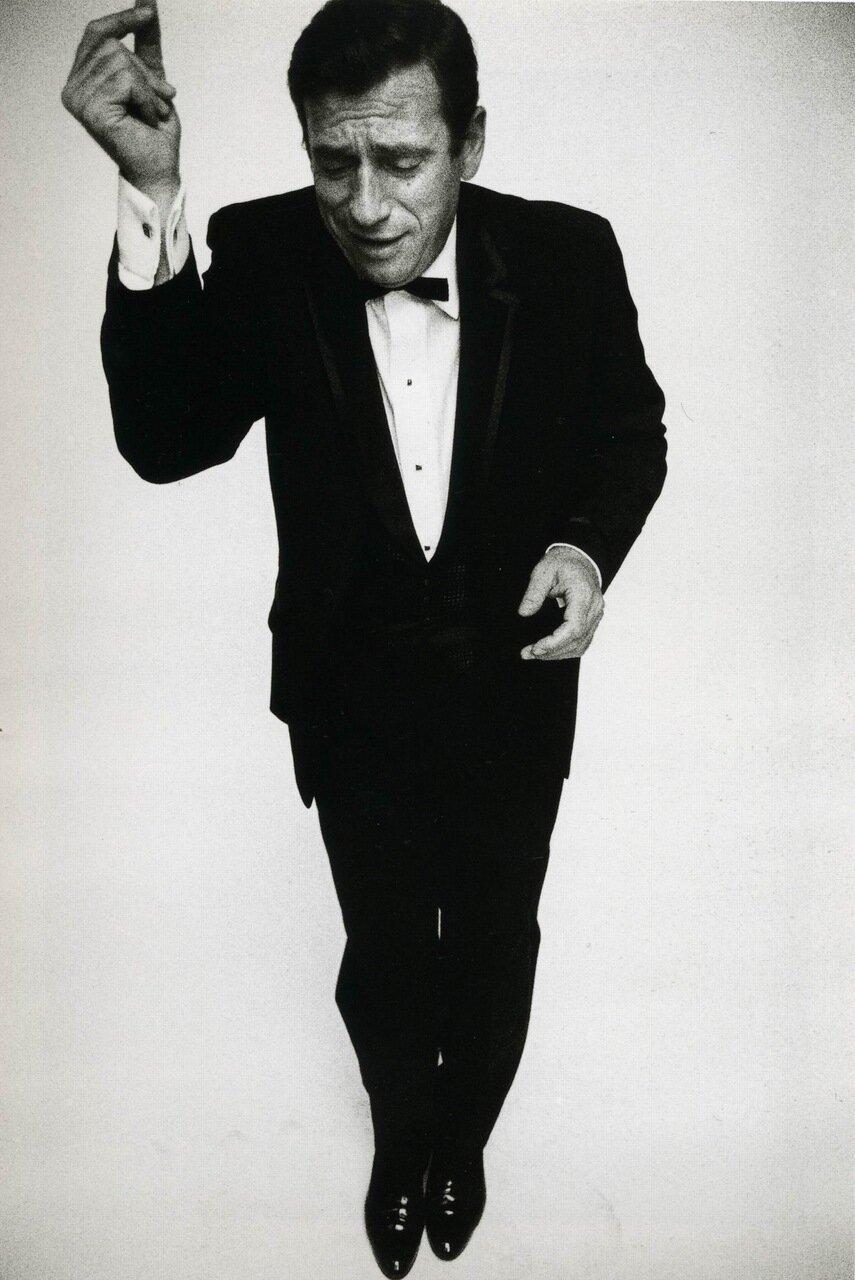 1961. Ив Монтан