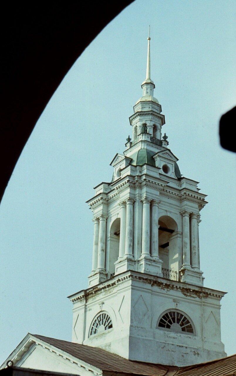 21. Колокольня  церкви