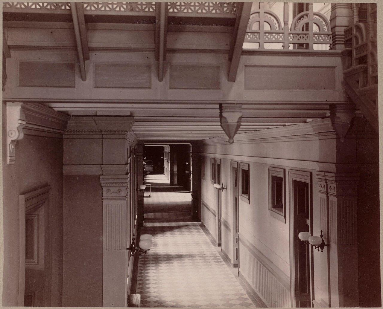 1893. Английская школа. Корридор второго этажа