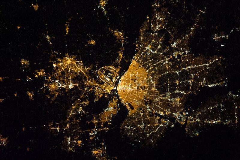 Сент-Луис, восточный Сен-Луис, р. Миссисипи ночью из космоса