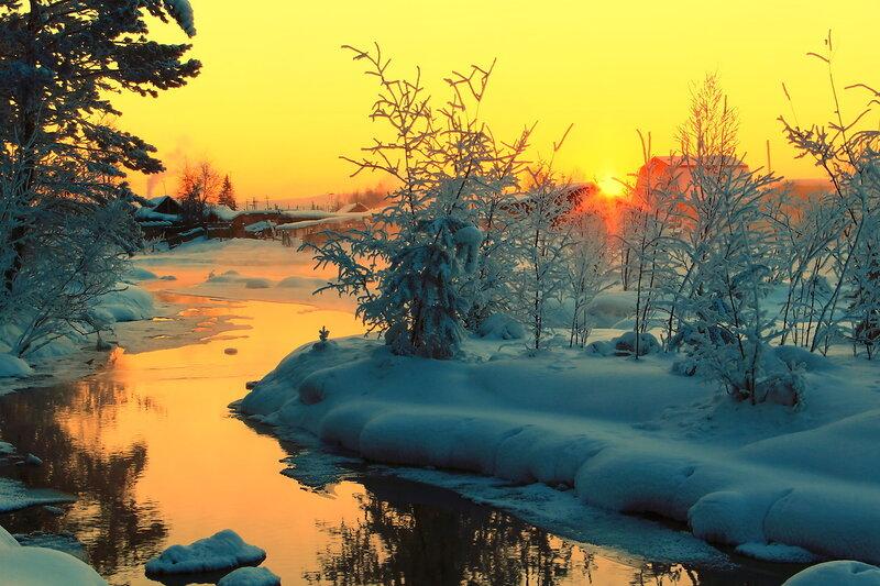 Звучат мелодии зимы... Вечерние  краски  января...