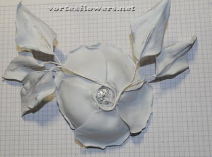 белая роза из фома мк