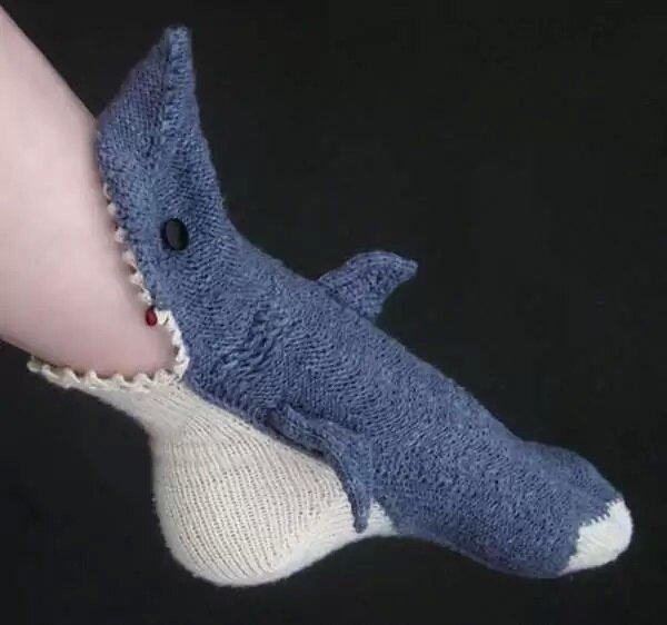 носки с акулой