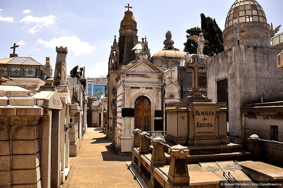 0 3c6d01 6c4abb7b orig День 415 419. Реколета: фешенебельный район и знаменитое кладбище Буэнос Айреса (часть 1)