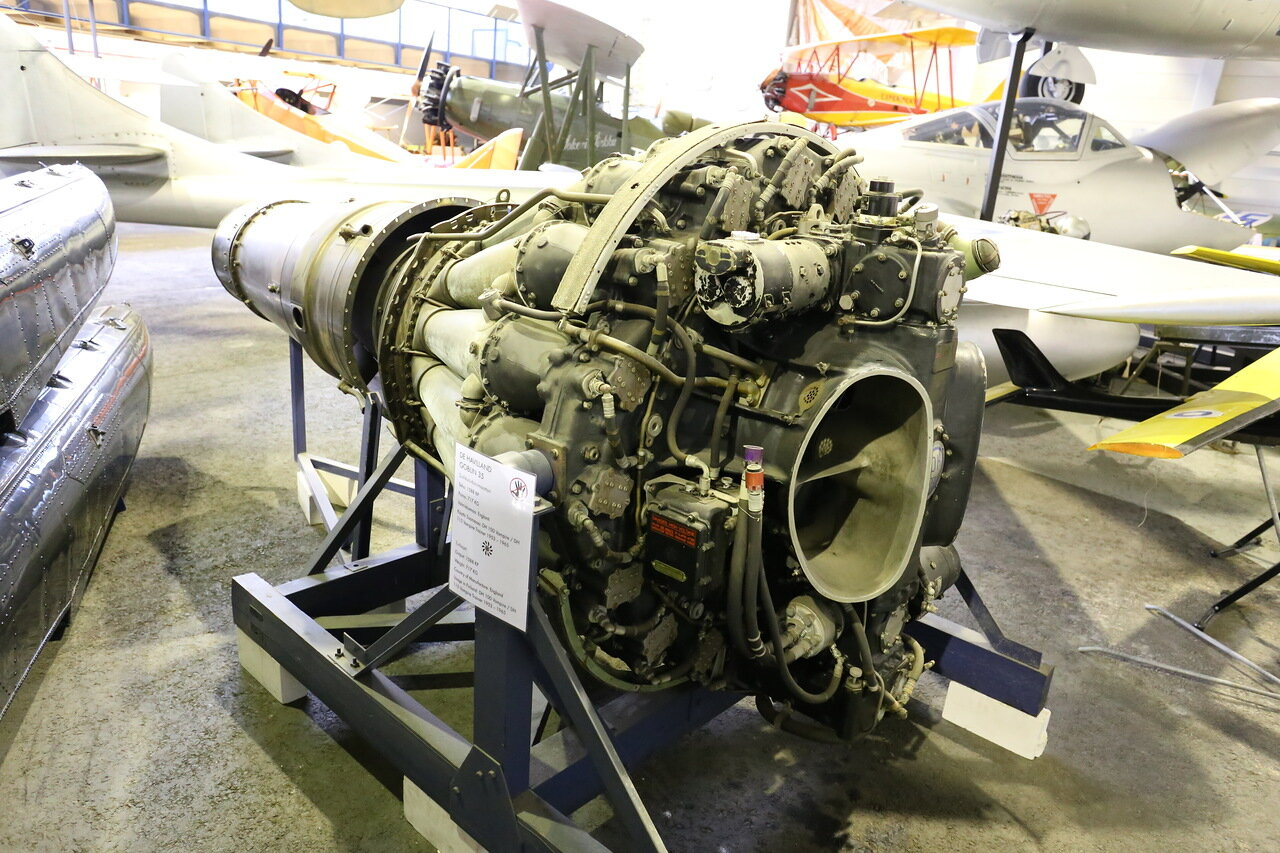 Авиамузей Вантаа. Турбореактивный двигательTurbomeca Marbore