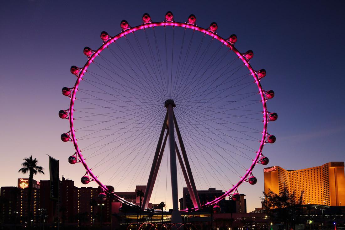 High Roller (Лас-Вегас) — самое высокое колесо обозрения в мире (167 метров) было открыто для посеще