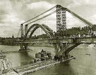 Строительство Лужнецкого метромоста