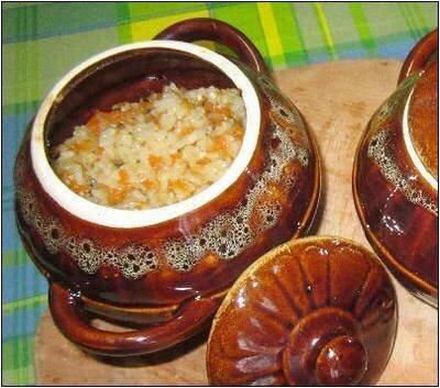 Рис с мясом в горшочках