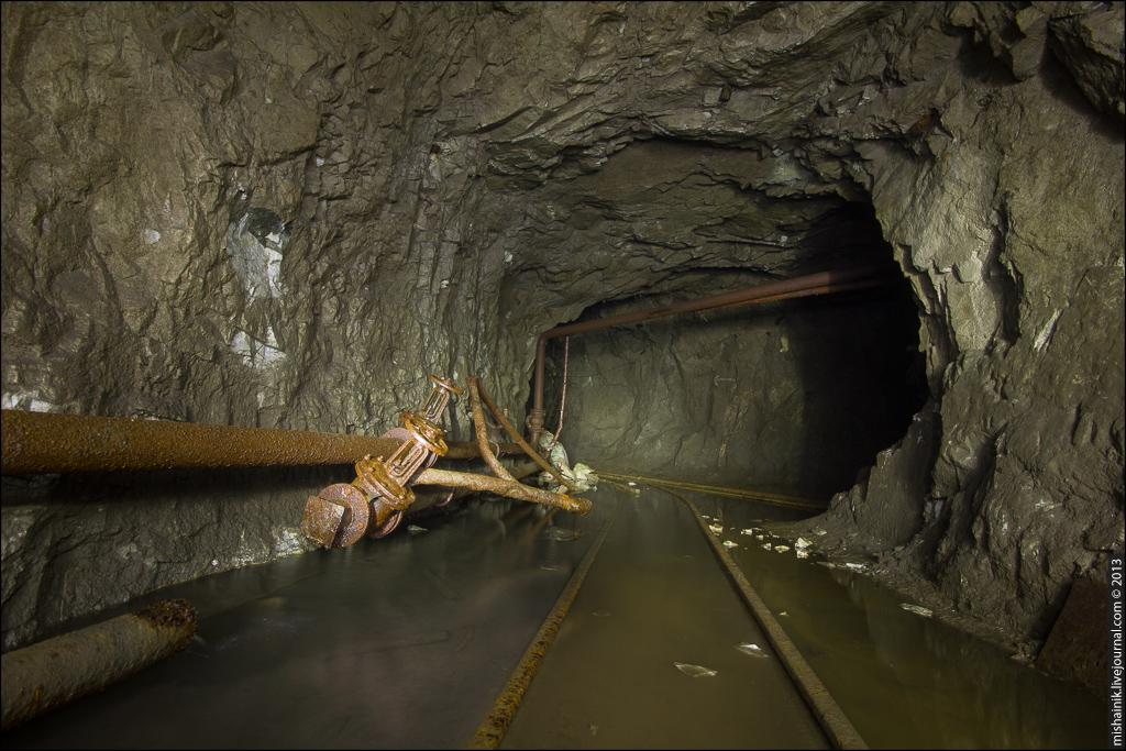 Заброшенная уральская шахта