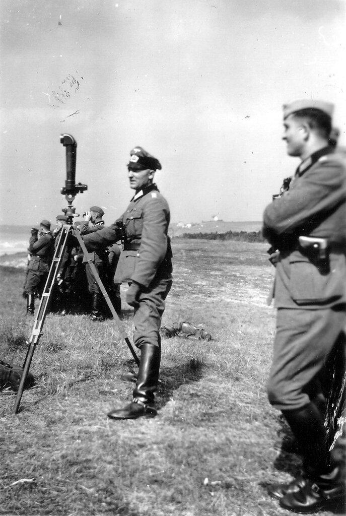 1941-1944 163