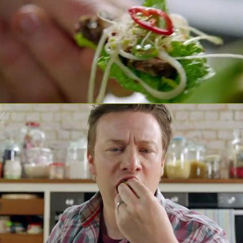 Джейми пробует салат с говядиной