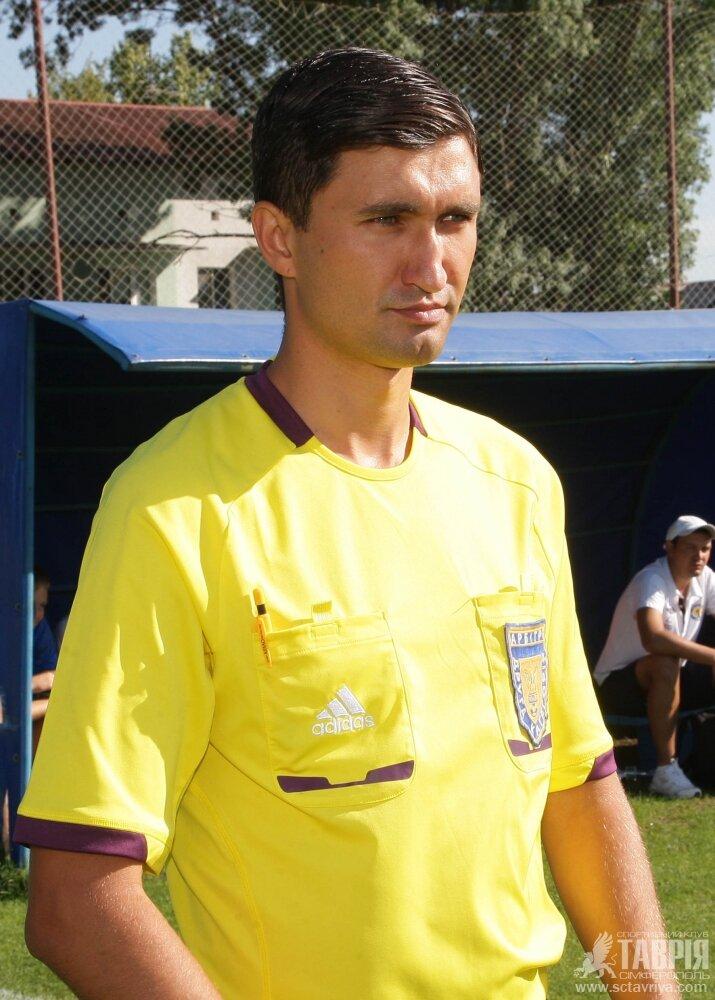 Арбитр Соловьян из Киева