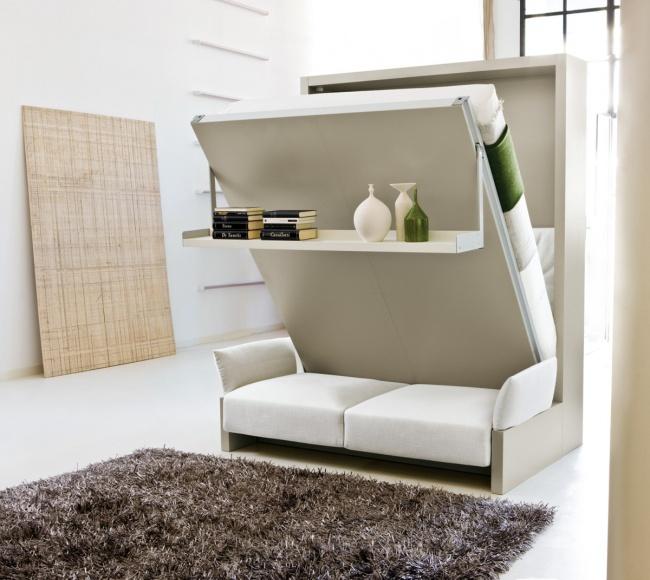 Отдавайте предпочтение многофункциональной мебели: кресло-кровать, раскладной кухонный стол, шкаф, в
