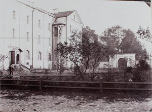 Вид западного фасада Кадетского корпуса.
