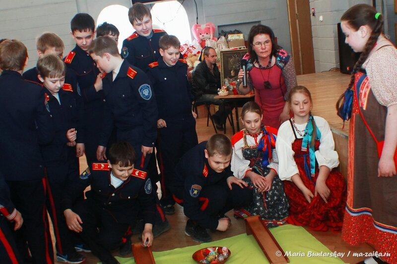 Благотворительная акция 'Пасхальное яйцо', Саратов, 22 апреля 2014 года