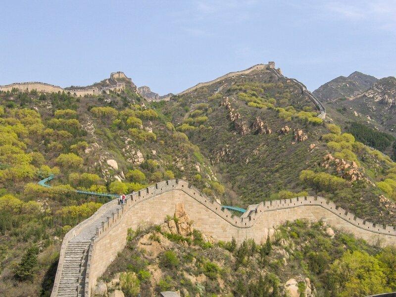 Стена и горы, Великая китайская стена, Бадалин