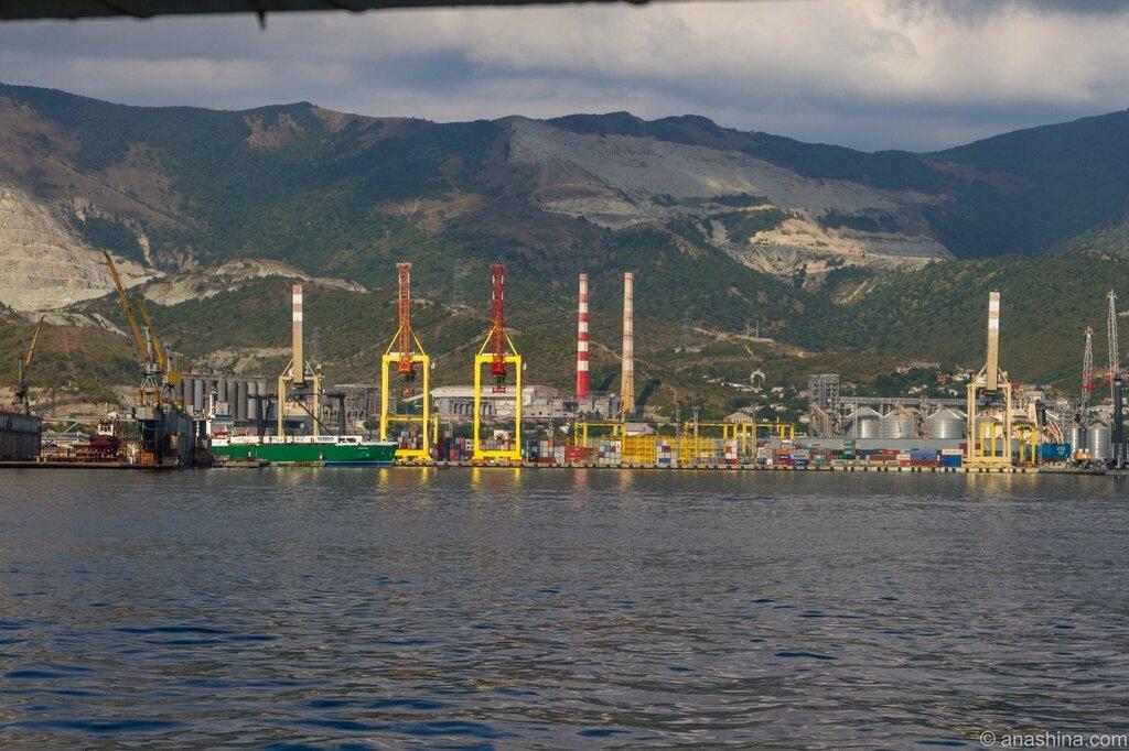 Портовые сооружения, Новороссийск