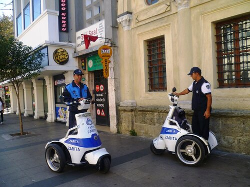 Полиция в Стамбуле (Police in Istanbul).