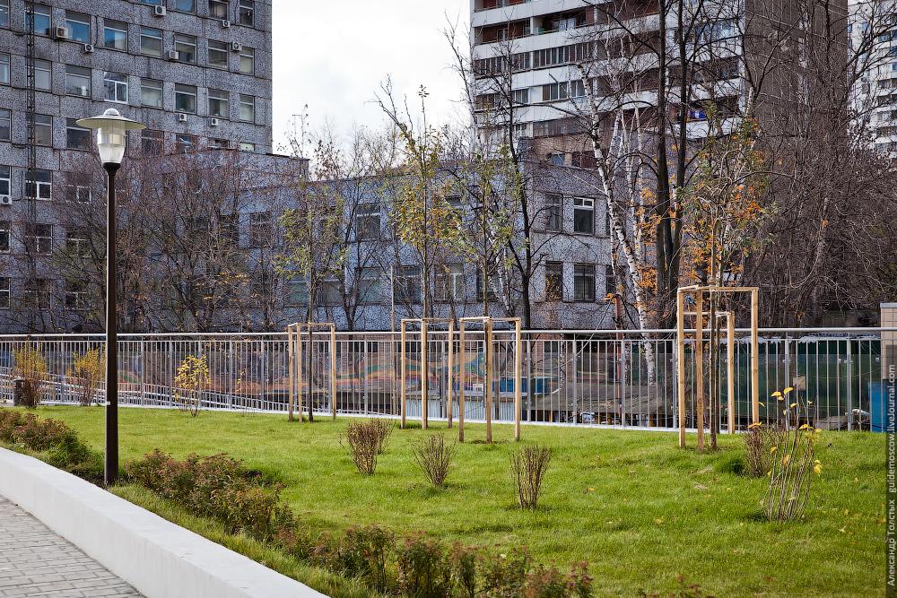 двор на 3-й Мытищинской улице
