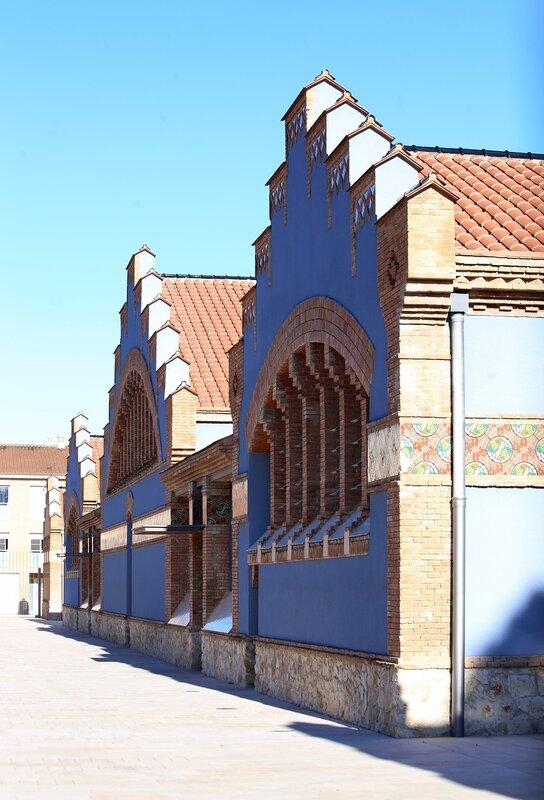 Tortosa. The old slaughterhouse. L escorxador municipal,