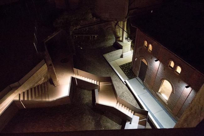 Музей фотографии в старой башне. Национальный мультимедийный центр. Люксембу5a8рг. Дюделанж