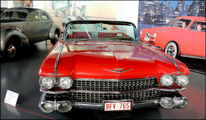 Autoworld 8415 Cadillac Series 62 Convertible 1959