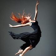 танцующая