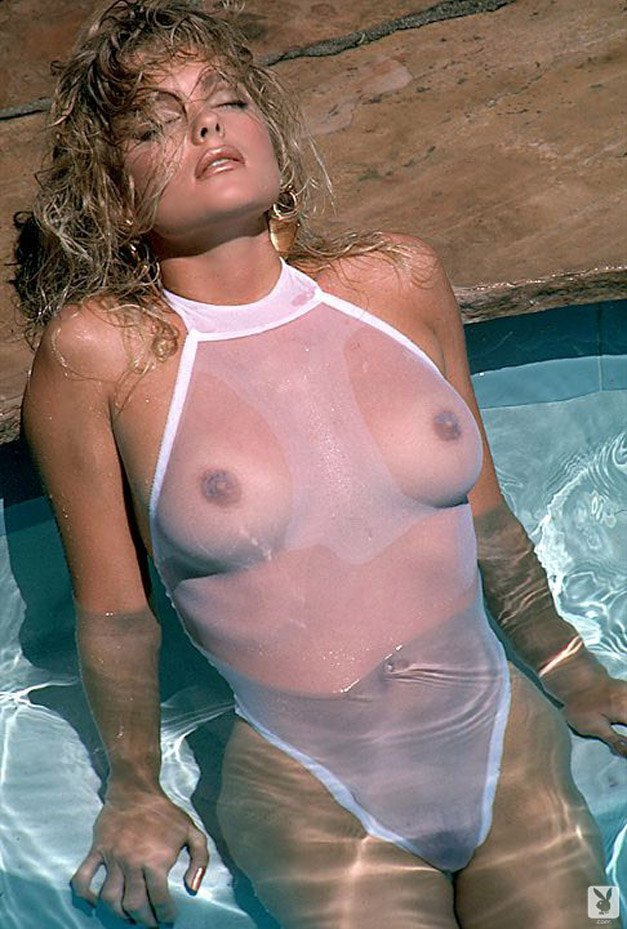 Актриса Эрика Эленьяк / Erika Eleniak - Playboy july 1989 playmate