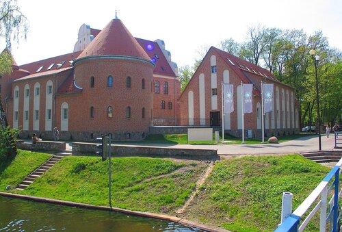 Замок Летцен - фото Валерия Смолика, 2012 г.