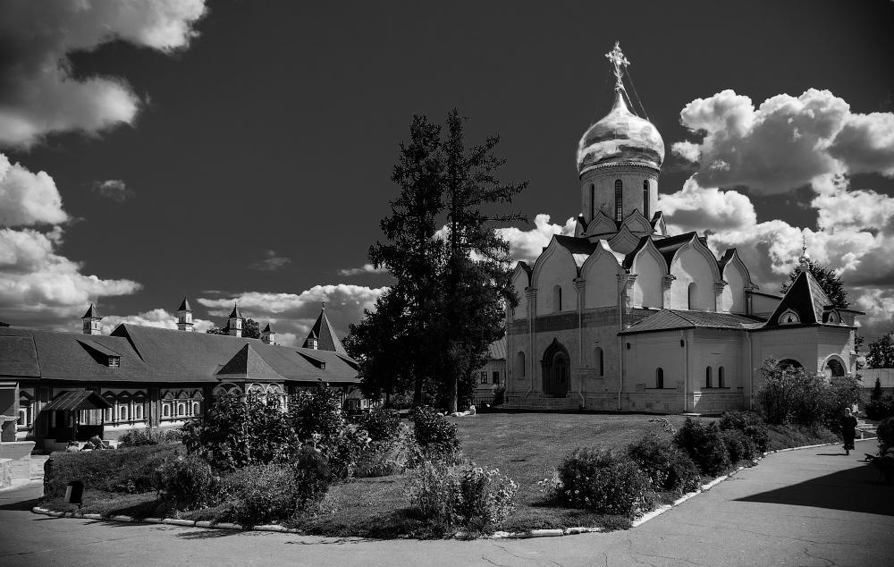 Monasterio. Dmitry Marin
