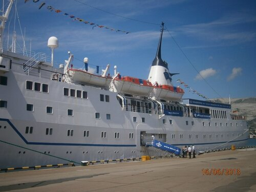 Круизное судно Adriana
