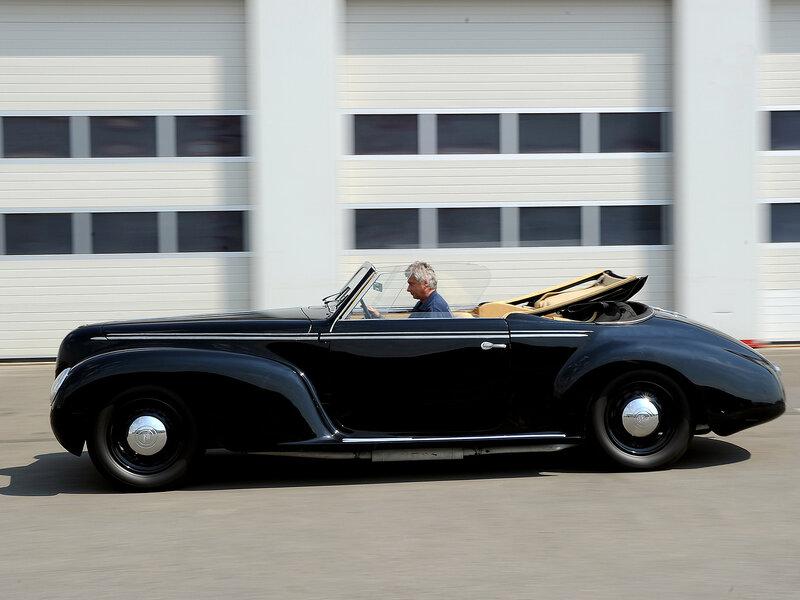 Alfa-Romeo-6C-2500-S-Cabriolet-1939-3