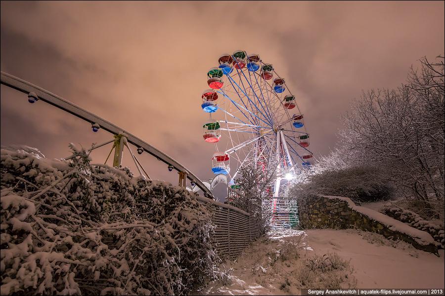 Ночной Севастополь под снежным одеялом