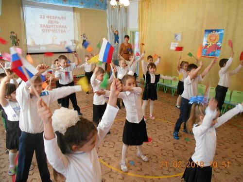 В Холбонском детском саду прошли спортивные развлечения, посвященные Дню Защитника Отечества