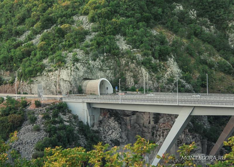 В Хорватии из-за особенностей рельефа много тоннелей, но дороги очень хорошего качества