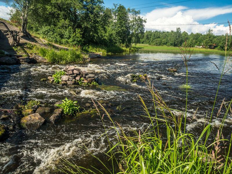 Река Тихая не вполне соответствует своему названию.