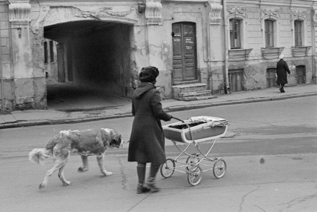 6350 1-й Зачатьевский переулок И. Пальмин нач. 80-х