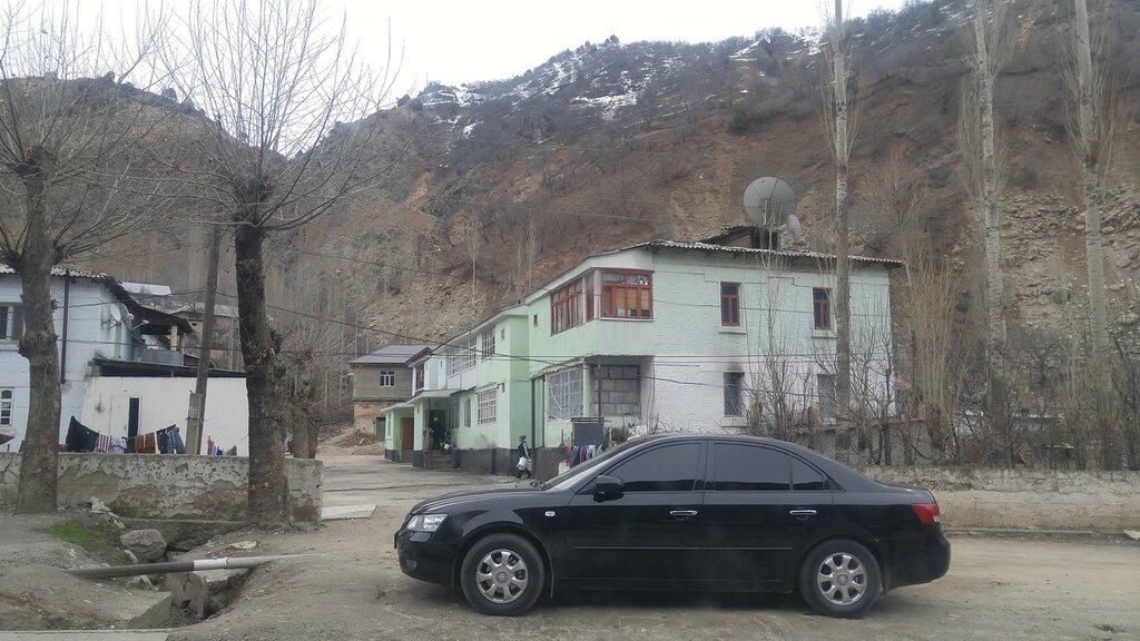 Тонированная иномарка Таджикистан